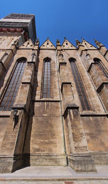 聖母升天大教堂的側面
