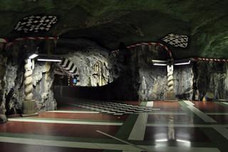 Metro Rocoso de Estocolmo qué hacer en estocolmo - 14220369212 95ca706578 n - Qué hacer en Estocolmo para sentir Suecia