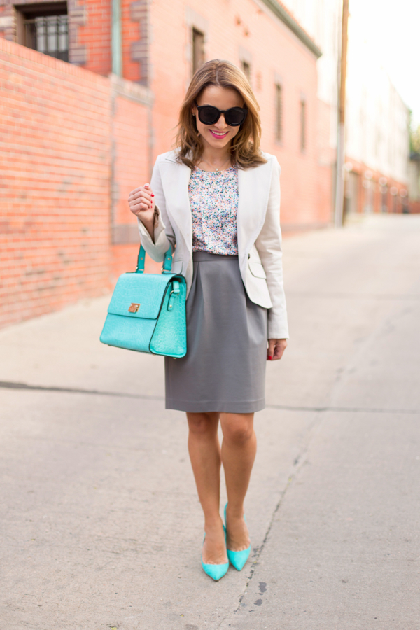 Summer Work Outfit // Pop of Turquoise