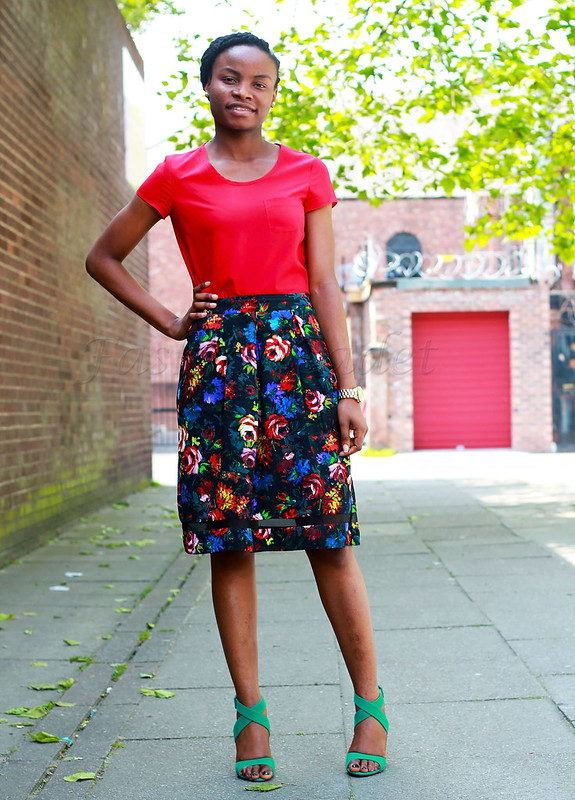 floral-A-line-skirt-with-green-strapp-sandals, fashion trend, summer trends, latest style, latest trend, floral trend, summer blossom, summer blossom trend