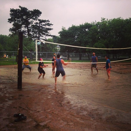 Puddle volleyball might be my new favorite sport. #mhk