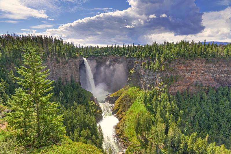 Helmcken Falls - Wells Gray Provincial Park