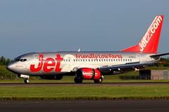 6165 G-CELA B737 Jet2.com