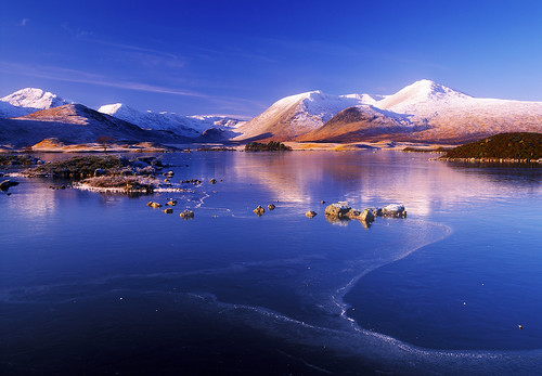 blue winter sky snow ice reflections islands scotland highlands rocks moor davidson rannoch greig blackmount