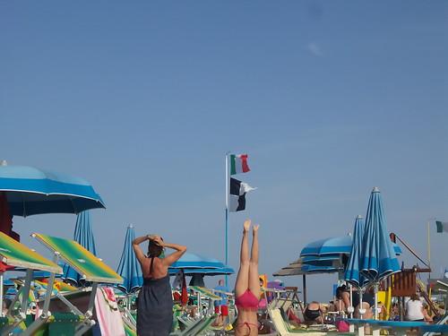 Italia vs Uruguay sulla spiaggia by Ylbert Durishti