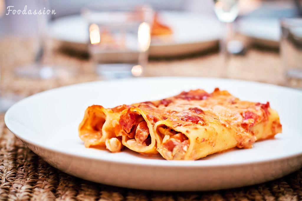 Chorizo-camembert-cashewcannellonit