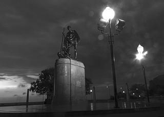 Image of Gandhi Statue. blackandwhite statue marina earlymorning gandhi marinabeach beforesunrise bapu gandhiji mahatama chennaibw