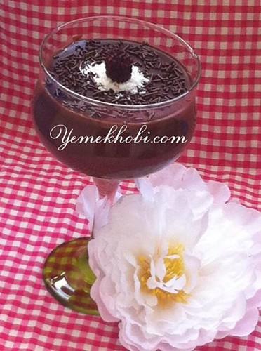 kolay çikolatalı puding çikolatalı tatlılar çikolatalı tarifler çikolatalı puding tarifleri çikolatalı puding tarifi çikolatalı puding nasıl yapılır çikolatalı muhallebi tarifi
