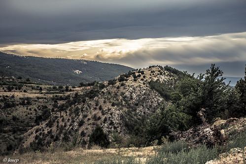 Muntanyes. / Montañas de Arcos de las Salinas.