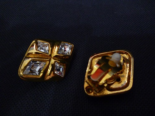 vintage chanel earrings b
