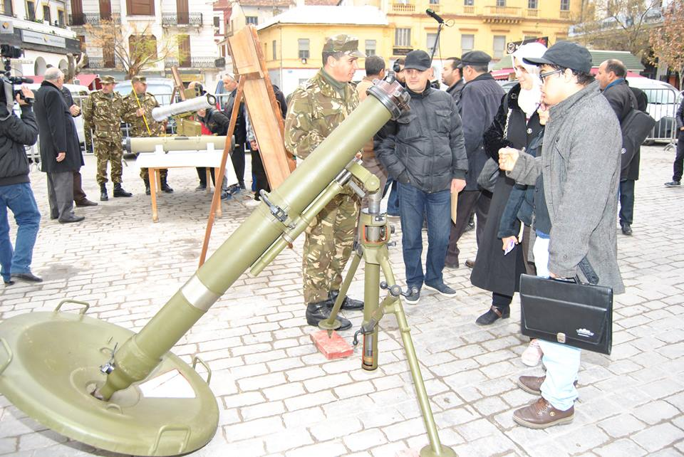 القوات البرية الجزائرية [  Missiles Anti-Chars ]   33132943794_57c2a34ef8_o