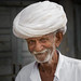 Inde: vieil homme et son turban. by claude gourlay