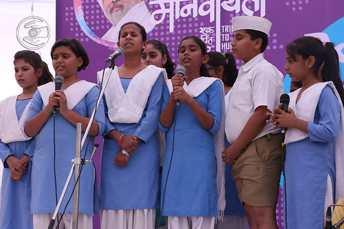 Devotional song by Baby Prateeka and Saathi from Raipur, Chhattisgarh