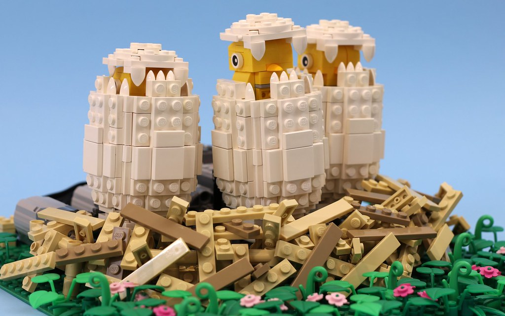 Hatching Eggs (custom built Lego model)