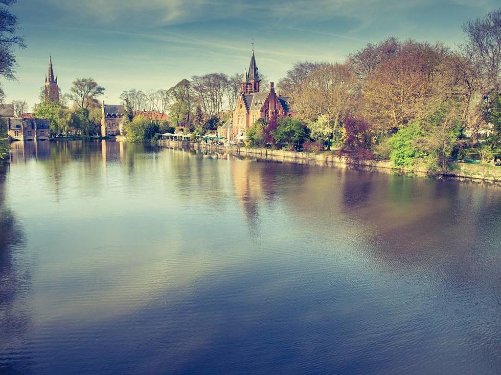Paradise city. #brugge #bruges #brujas #photography #travelphoto #paradise
