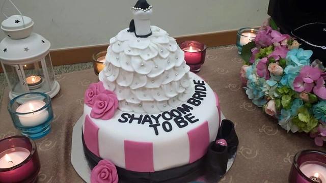 Cake by Nojod Abusharkh of Dream Cake