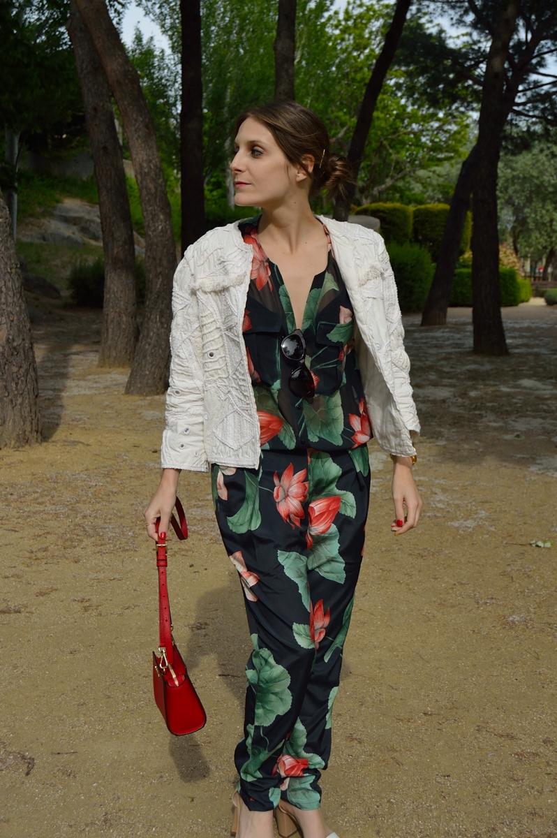 lara-vazquez-madlulablog-fashion-trends-jumpsuit-style-streetstyle