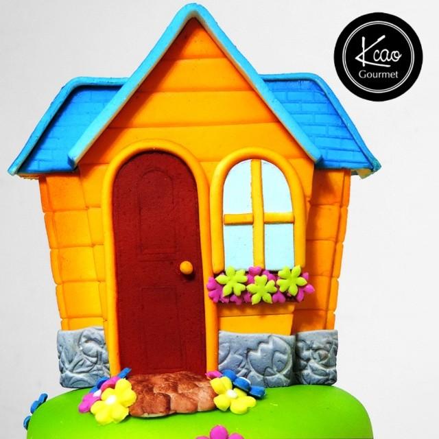 Tortas art stica casa de doctora juguetes info - Juguetes en casa ...