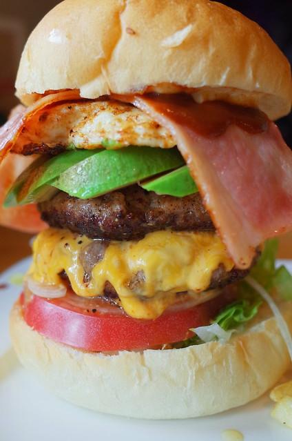 15cm hight Special Bonnaroo Burger 03
