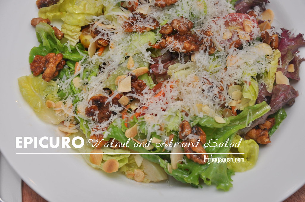 Epicuro Walnut and Almond Salad
