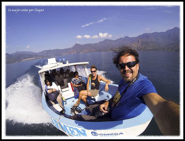 Trayecto en el Lago Atitlan