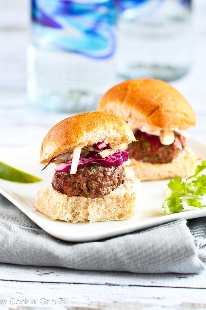 Lean Grilled Hamburger Sliders Recipe with Hot Sauce Slaw...114 calories (w/out bun) and 3 Weight Watchers PP | cookincanuck.com