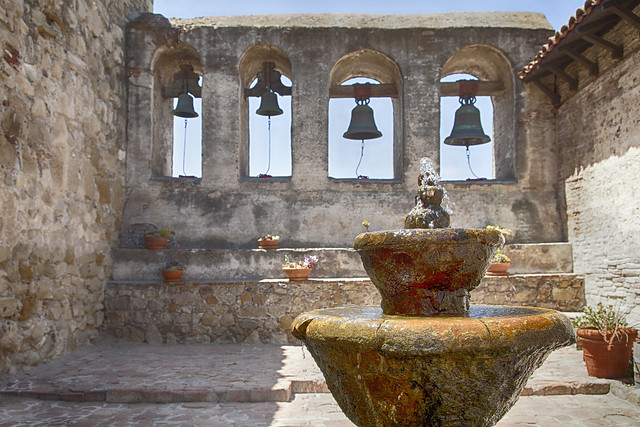 Mission San Juan Capistrano by CC user rheinitz on Flickr