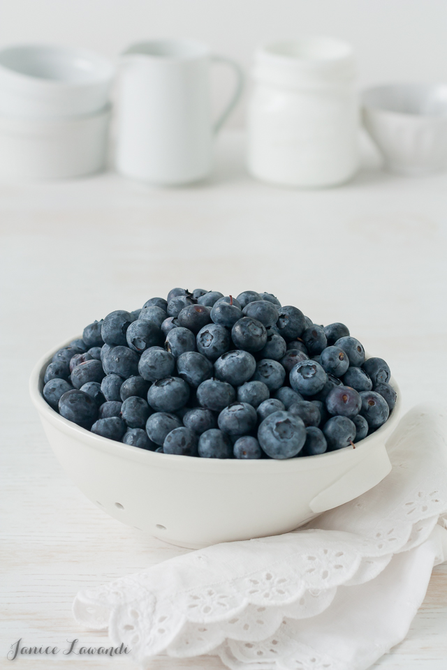 Bowl of blueberries | Jance Lawandi @ kitchen heals soul