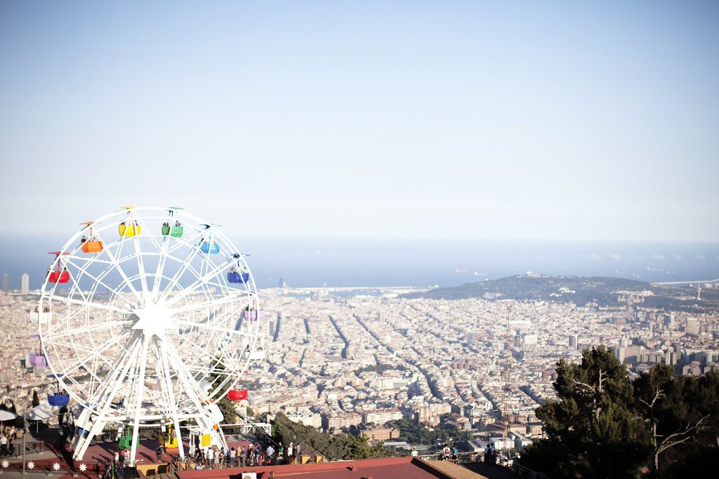 postcards from Barcelona, ferris wheel and view atop Tibidabo