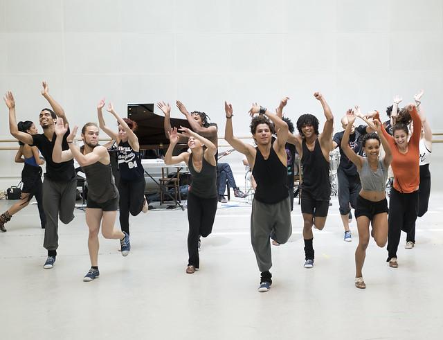In rehearsals for Cubanía © ROH / Bill Cooper 2014