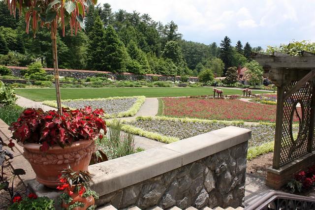 biltmore-estate-walled garden