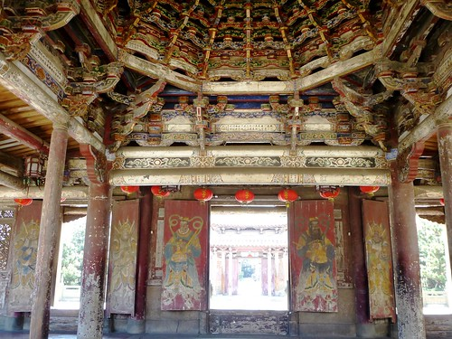 Taiwan-Lukang-Longshan-Temple (18)