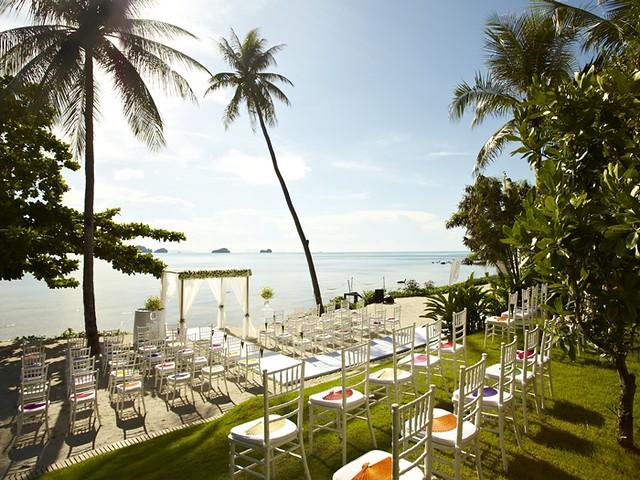 CN_weddings01new_23_700x525_FitToBoxSmallDimension_Center