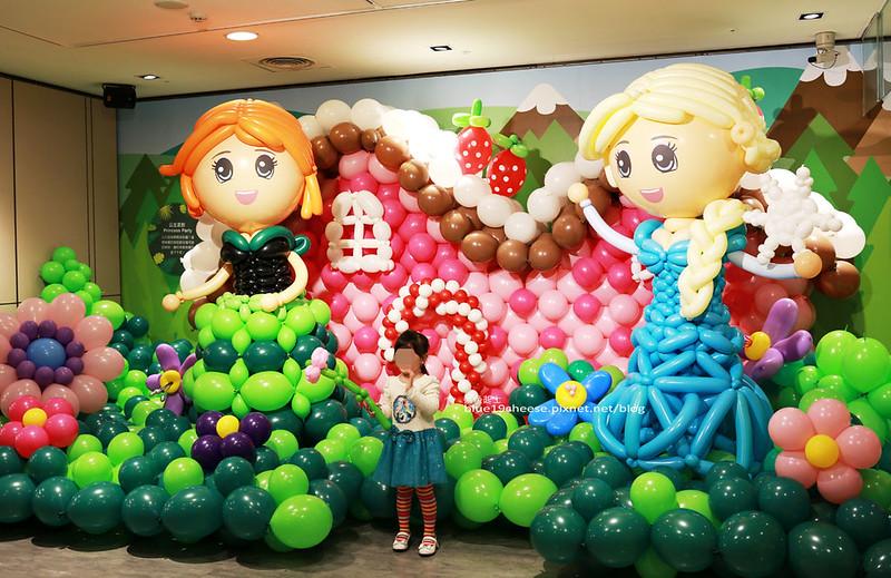 33252380981 38035fe8e8 c - 童趣幻想.氣球探索遊樂園-穿過彩虹隧道.來到氣球樂園.空中陸地海洋通通有.還有卡友限定的氣球泡泡池喔.台中新光三越10F天空劇場.3/11~3/29.免費入場參觀.假日親子遊