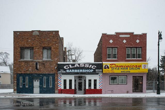 Michigan Avenue Snow Scene, Nikon D600, AF Zoom-Nikkor 28-200mm f/3.5-5.6G IF-ED