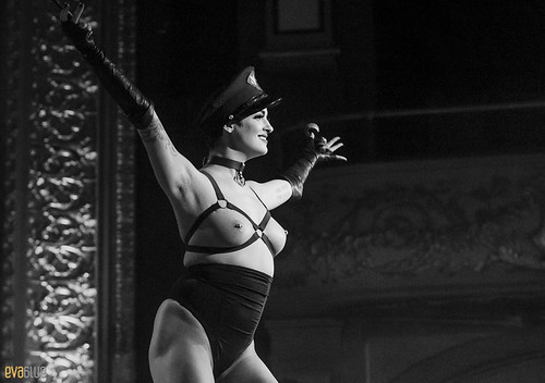 LAURA DESIREE monde ose burlesque ball 02 | by Eva Blue