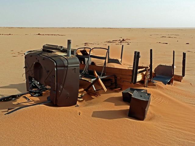 Ford Modelo A atrapado en el desierto de Egipto