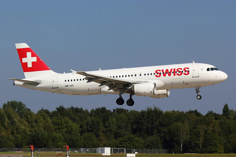 Swiss - A320 - HB-IJH (1)