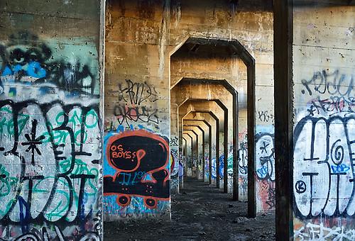 philadelphia grafitti delawareriver portrichmond readingrailroad coalpier coalterminal