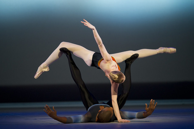 Melissa Hamilton and Eric Underwood in Tryst, The Royal Ballet © ROH/Bill Cooper, 2010