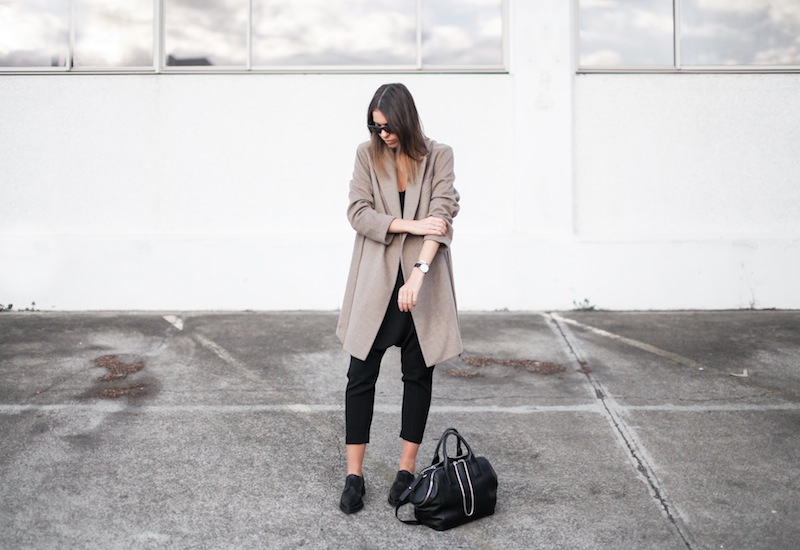 modern legacy blog street style off duty Zara camel long coat Camilla and Marc Zoya Cami Hacker drop crotch pant all black Helmut Lang Benday oxford perforated leather sale Alexander Wang chain bag clean masculine minimalist (10 of 14)