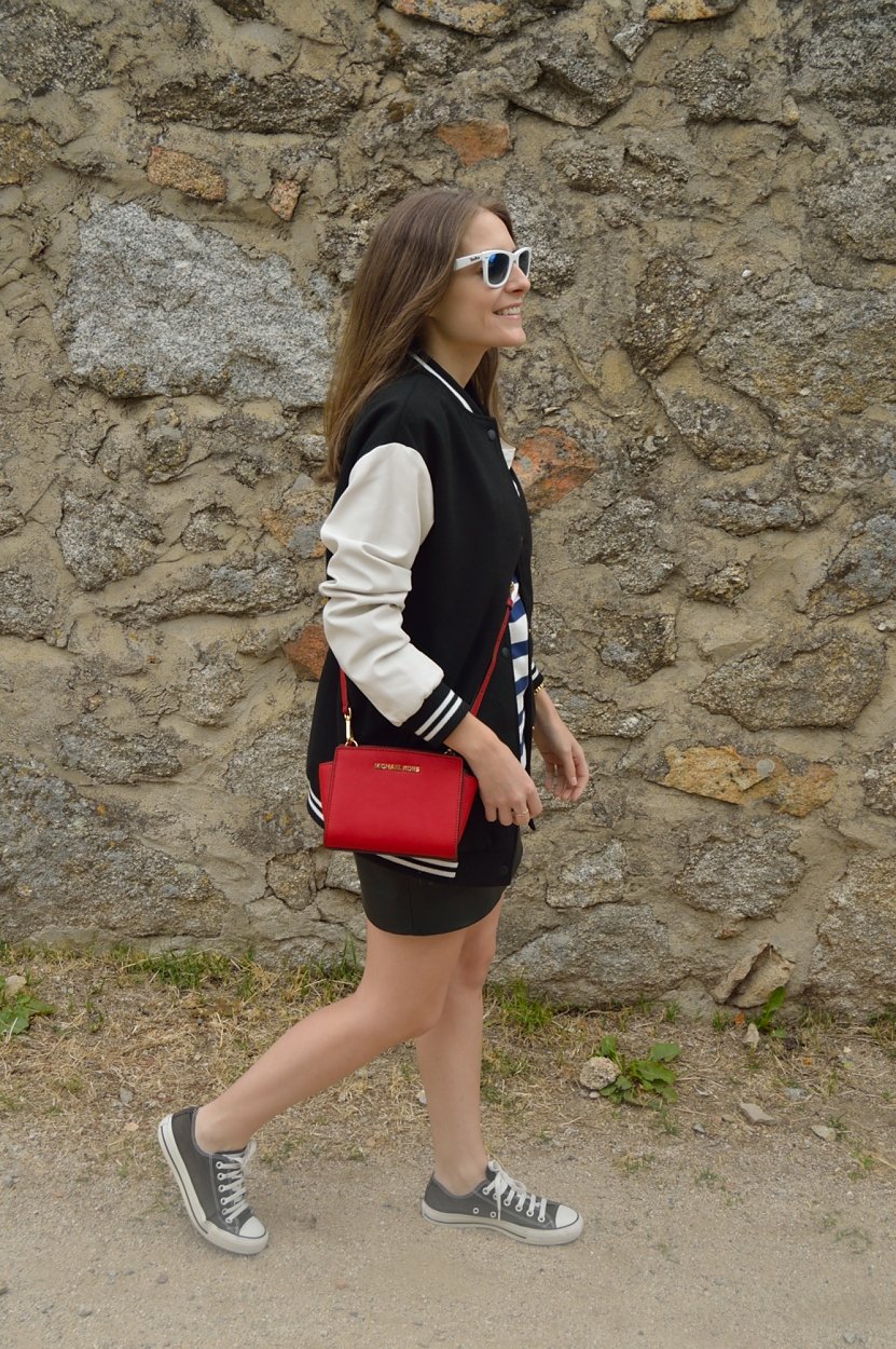 lara-vazquez-madlula-blog-style-fashion-pop-of-red-easy
