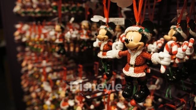 ミッキーのクリスマスオーナメント