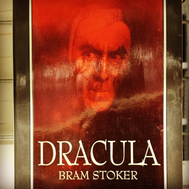 #Dracula #books #lit #horror
