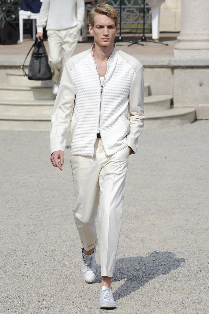 SS15 Milan Corneliani005_Paul Boche(VOGUE)