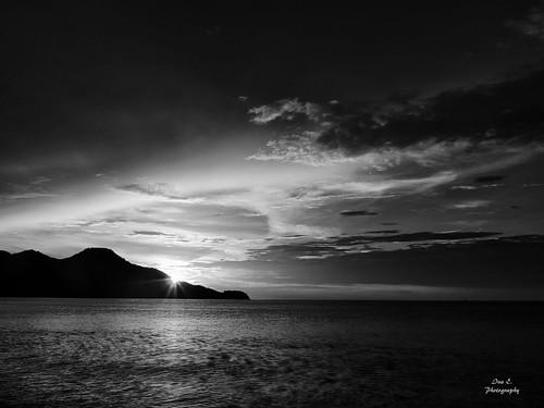 sunset sky clouds atardecer playa bn ciel pacificocean cielo océanopacífico coucherdusolei