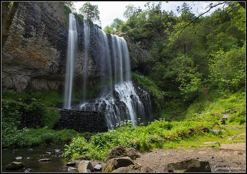 france canon eau cascades forêt auvergne 1022 60d solignacsurloire