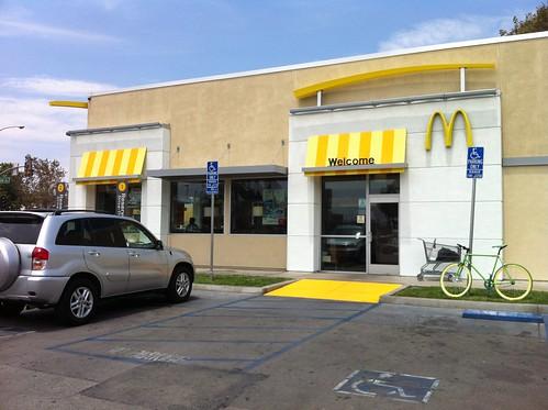 Estados Unidos | California | San Bernardino | McDonald's | Local actual