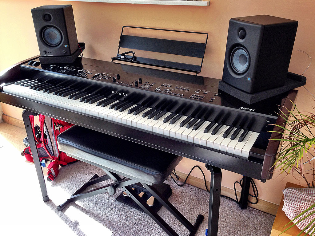 stand monitors for mp11 piano world piano digital piano forums. Black Bedroom Furniture Sets. Home Design Ideas
