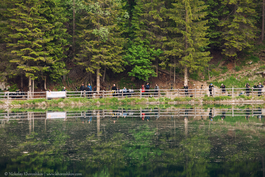 Photographers at Lago di Carezza